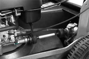 Kardanski prenos snage na pogon kosilice, ugrađen u model WB537SC V 3U1, obezbeđuje dugotrajan rad uz minimalno održavanje.